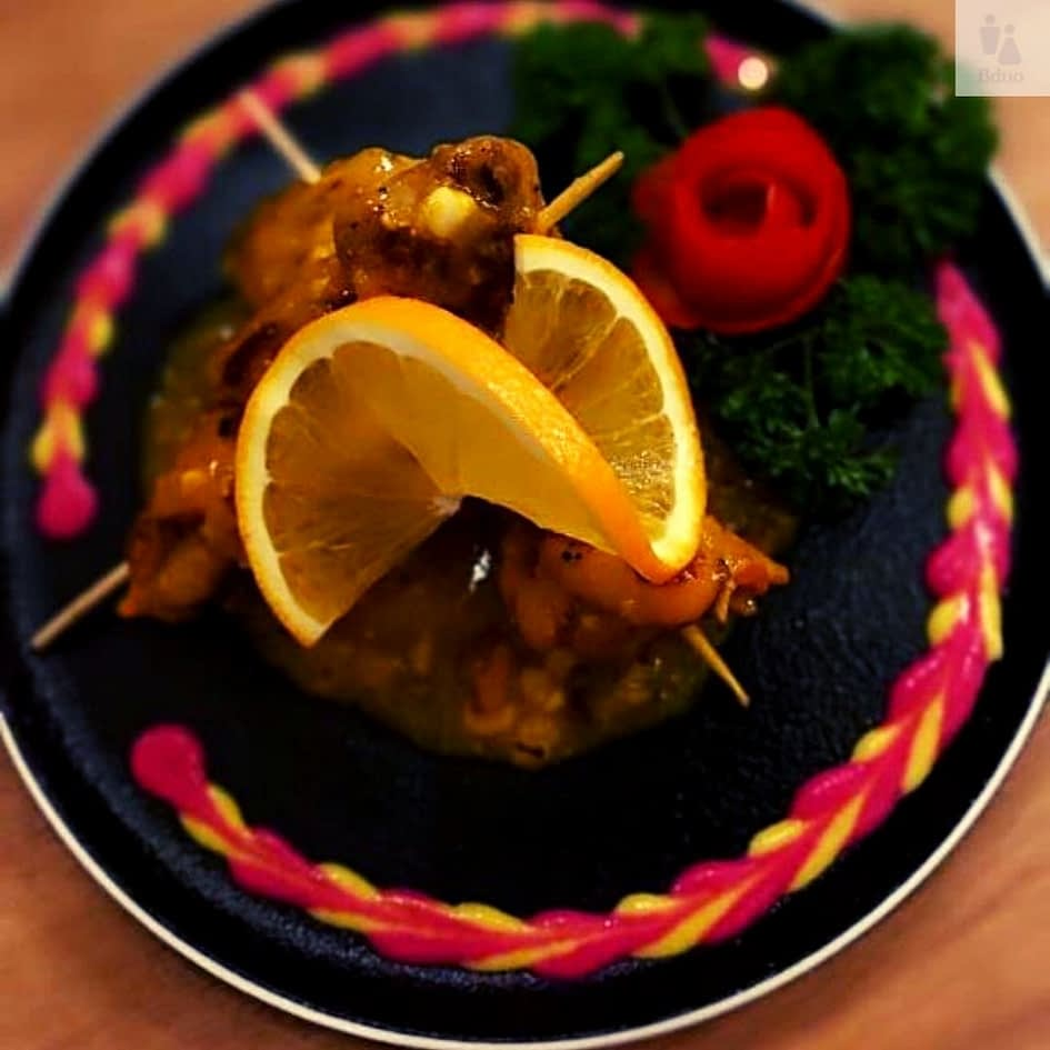 Snacking,Kolkata cafe review